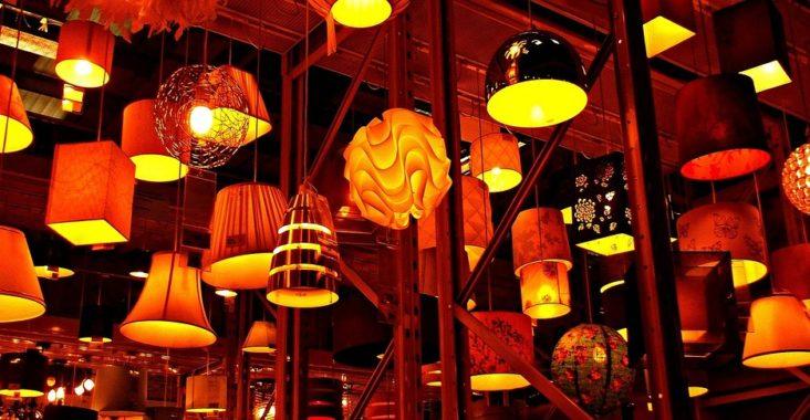 Choisir un luminaire pour décorer, s'éclairer, meubler...
